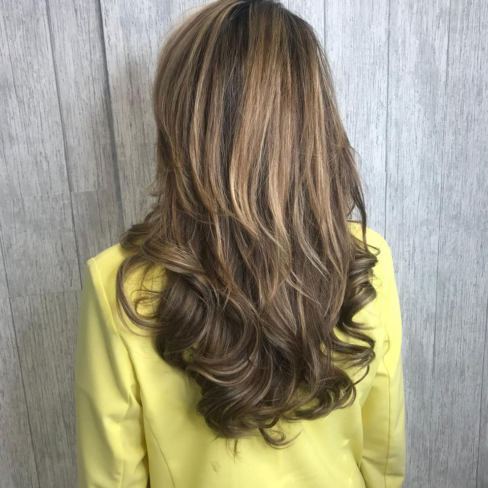 hair extensions liverpool Dianne Marshall